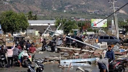 ارتفاع عدد قتلى تسونامي إندونيسيا إلى 168