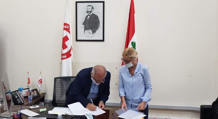 الحكومة الإيطالية توقع هبة بقيمة 726000 يورو للصليب الأحمر اللبناني