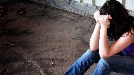 في عكار... فتاة قاصر ضحية اغتصاب زوج عمتها والجريمة انكشفت بعدما وضعت مولودتها!