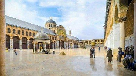 أزمة البنزين تطيح بخطيب الجامع الأموي في دمشق!
