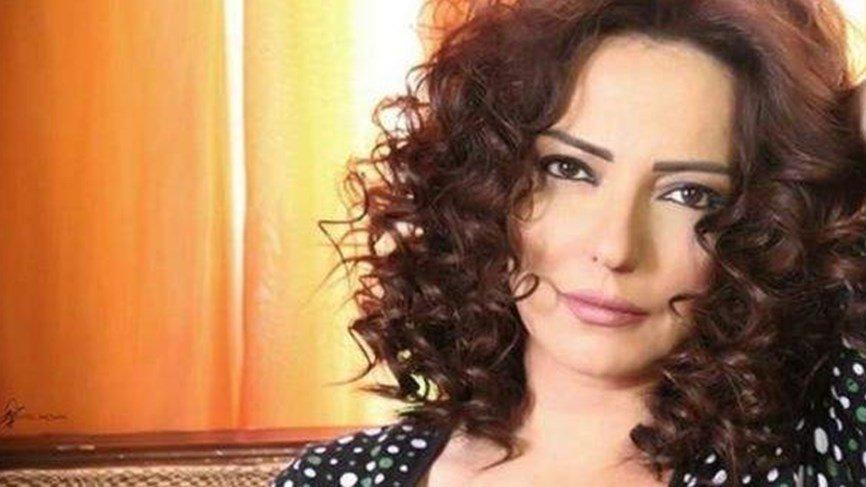 أمل عرفة تعلن اعتزالها: