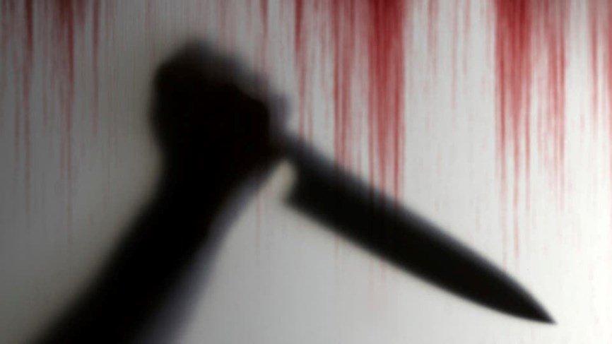 طفلة تذبح شقيقتها الصغرى بسبب الغيرة!