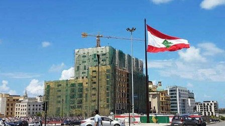 لبنان مُتنقّل على ثلاثة خطوط...