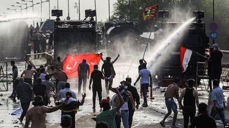 تجدّد الإشتباكات في العراق وإصابات جديدة في صفوف المحتجّين