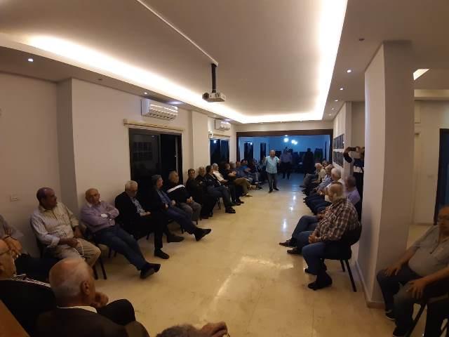بالصور... لقاء نقابي موسع عشية عيد العمال في نادي خريجي المقاصد في صيدا