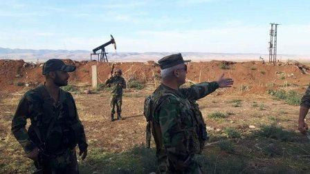 الجيش السوري يدخل حقلاً نفطياً قرب قاعدة أميركية في الشمال السوري