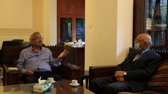 أسامة سعد يبحث مع الفاعليات الاقتصادية في الإجراءات الكفيلة بالتخفيف من الآثار السلبية الخطيرة لوباء كورونا وتداعياته على الأوضاع الاقتصادية والمعيشية