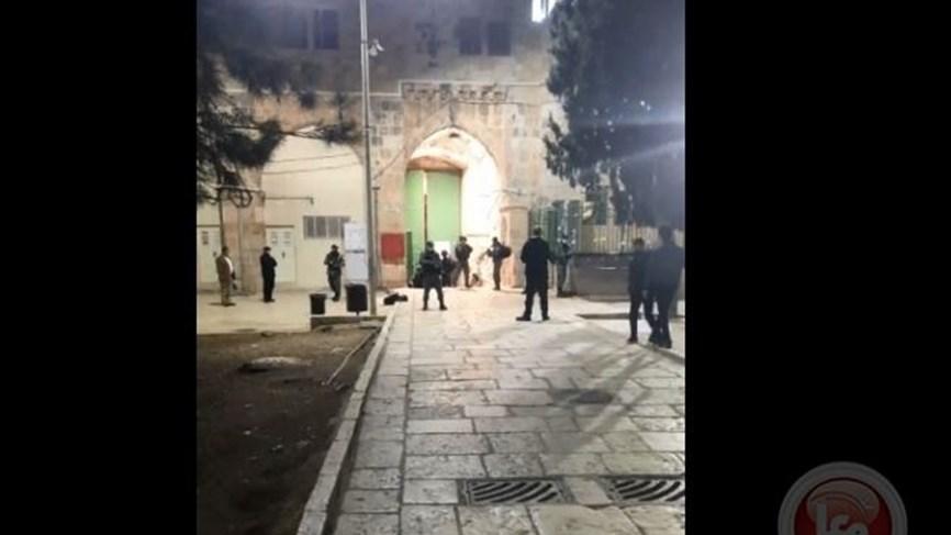 بالفيديو- قوات الاحتلال تطلق النار باتجاه شاب في القدس القديمة بزعم تنفيذ عملية إطلاق نار...
