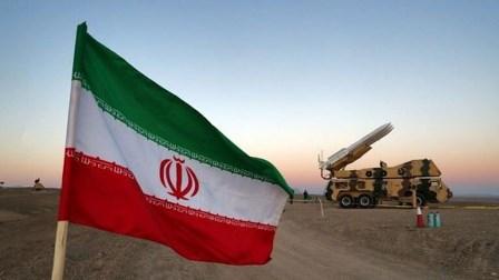 إيران تحذّر ترامب من عواقب أيّ