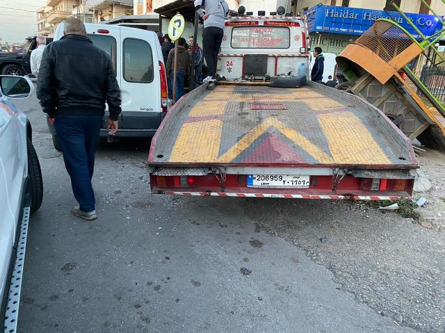 جريحان في حادث سير قرب  مطعم العبد الله في الغازية