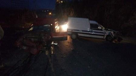 محاولة قطع طريق عام رشدبين في الكورة تسبب بحادث سير وجرح شخصين