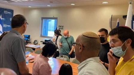 بالفيديو - لحظة إخلاء الكنيست بسبب صفارات الإنذار في القدس