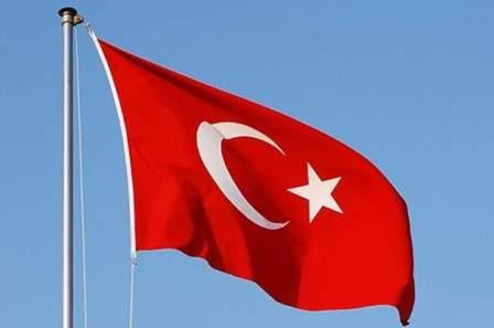 ارتفاع حصيلة انهيار مبنى في اسطنبول الى 21 قتيلا