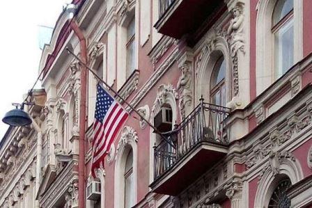 روسيا تلغي مواقف سيارات القنصليات الأميركية