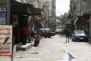 اشكال في الشارع الفوقاني لمخيم عين الحلوة على خلفية تركيب كاميرا