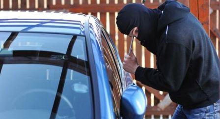 توقيف عصابة لسرقة السيارات في بيروت