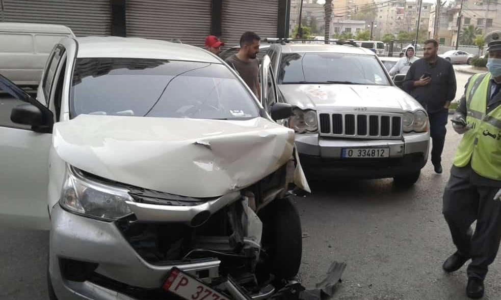 بالصور.. جريح في حادث سير في صيدا