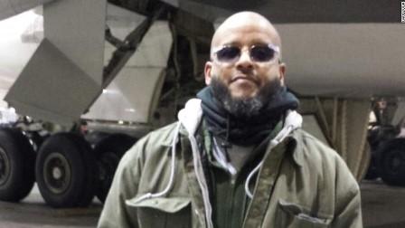السجن 35 عاما لجندي أمريكي سابق على علاقة بعد إدانته بمحاولة الانضمام إلى تنظيم