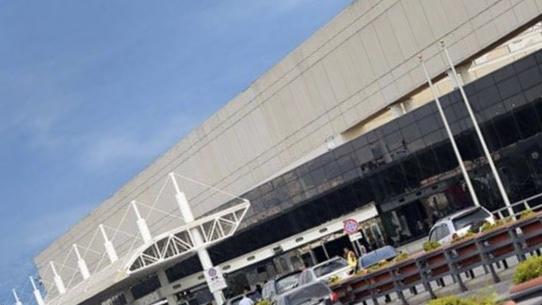 وفد من لجنة الصحة النيابية جال في المطار.. عراجي: هناك إمكانية لتجديد عملية نقل اللبنانيين من الخارج وفتح مطار بيروت