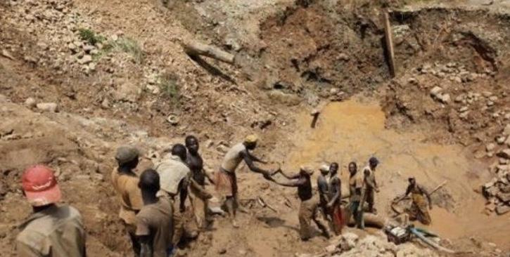 مقتل 19 شخصًا إثر انهيار منجم في الكونغو
