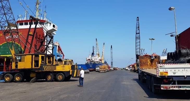 وصول الباخرة الثانية المحملة بشاحنات الاوكسجين الى مرفأ طرابلس