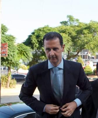 الأسد يعيّن العماد علي عبد الله أيوب وزيرا للدفاع وعماد سارة للإعلام