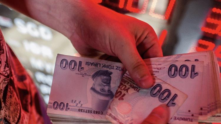 المخاوف الإقتصادية ترفع الفائدة التركية إلى 20%