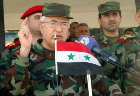 من هو وزير الدفاع السوري الجديد العماد علي عبد الله أيوب