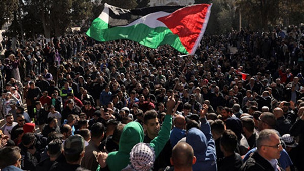 المنظمات الشبابية والطلابية الفلسطينية: آن أوان رحيل