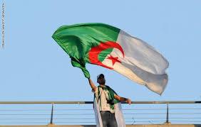 تظاهرة طالبية جديدة في العاصمة الجزائرية للمطالبة بتغيير النظام واطلاق المعتقلين السياسيين