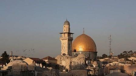 هل ستشرع إسرائيل قانون حظر الأذان في القدس؟