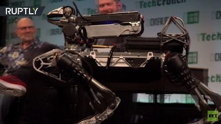 روبوت يضاهي الحيوانات بحركاته المذهلة