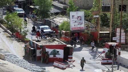 تواصل الاشتباكات في مخيم