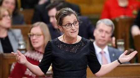 كندا تفرض عقوبات على 27 مسؤولاً سورياً