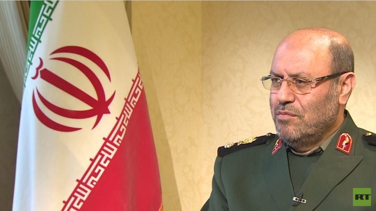 وزير الدفاع الإيراني لـ RT: إذا فكروا بنقض الاتفاق النووي فسنحرقه!