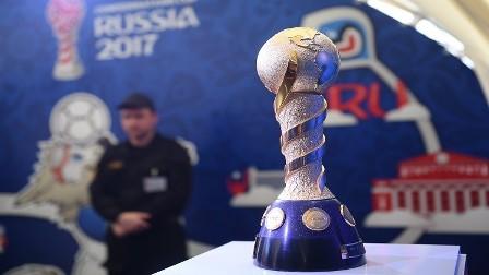 الفيفا يجري تعديلات على مجسم كأس القارات