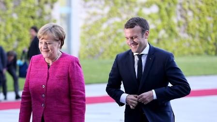 ماكرون: ملف اللاجئين يؤثر على الوضع الداخلي في فرنسا