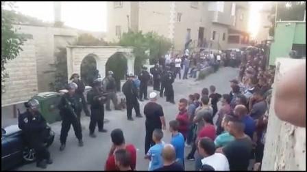 بالفيديو.. قوات العدو الإسرائيلية تقتحم