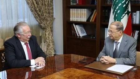 رئيس لبنان يؤكد دور الجيش في محاربة الإرهاب وحفظ استقرار البلاد