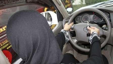 قيادة السعوديات للسيارات تدر على الرياض مبالغ طائلة