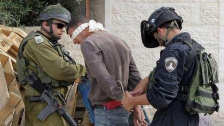 مداهمات واعتقالات جديدة في الضفة وفي بحر غزة