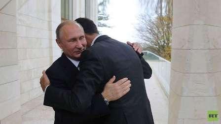 الخارجية الأمريكية تعلّق على صورة استقبال بوتين الحار للأسد