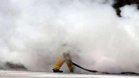محام أمريكي يحرق نفسه حتى الموت انتصارا للبيئة