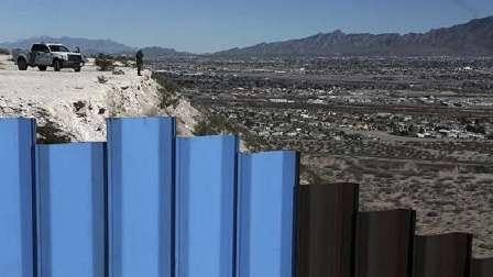 ترامب يهدد بتعطيل الحكومة إن لم تمرر له مشروع جدار المكسيك