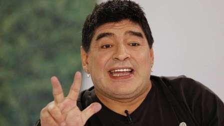 مارادونا يطمئن جمهوره بعد مباراة الأرجنتين ونيجيريا