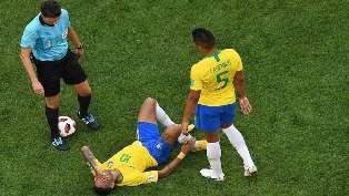 أسطورة الكرة الألمانية يطالب نيمار بالتوقف عن التمثيل