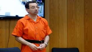 بعد حكم بـ175 سنة سجن.. الطبيب الأمريكي في قبضة السجناء