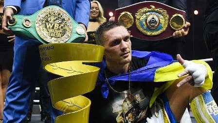 بطل العالم في الملاكمة يرفض وسام