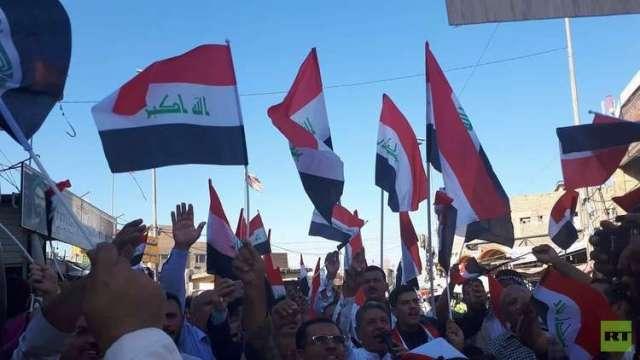 تظاهرات في النجف تطالب باستقالة الحكومة