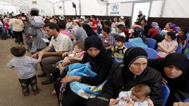 لبنان يخصص مراكز لاستقبال اللاجئين السوريين الراغبين بالعودة